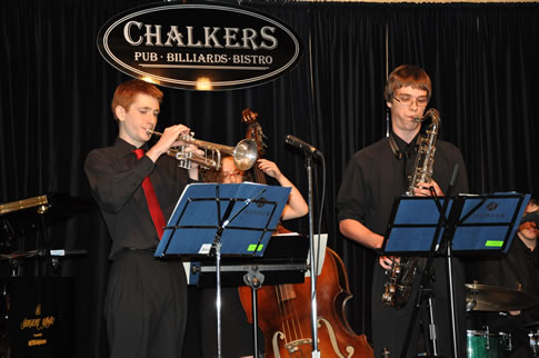 2011 NYJC Ensemble at Chalkers